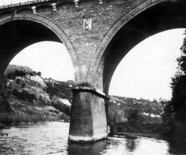 Giroussens_Tarn_Le_Pont_sur_l_Agout