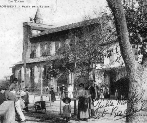 Le_Tarn_336_GIROUSSENS_Place_de_l_Eglise